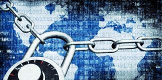 candado protección de datos personales en el mapa del mundo